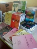 Campus Avançado do Bonfim recebe doação de livros